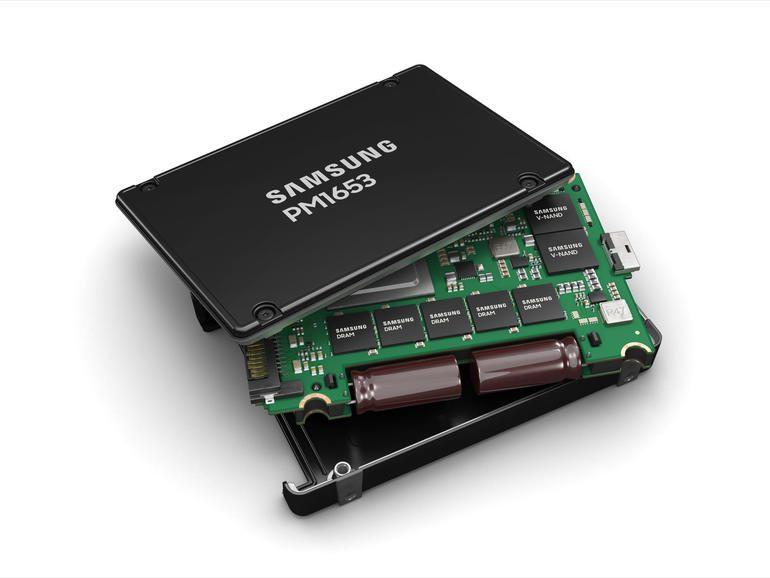 Samsung launches SAS-4 enterprise SSD for servers